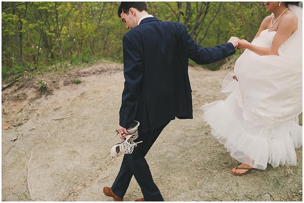 Lindsay-Jay-1789_zach_davis_fargo_wedding_photographer.jpg