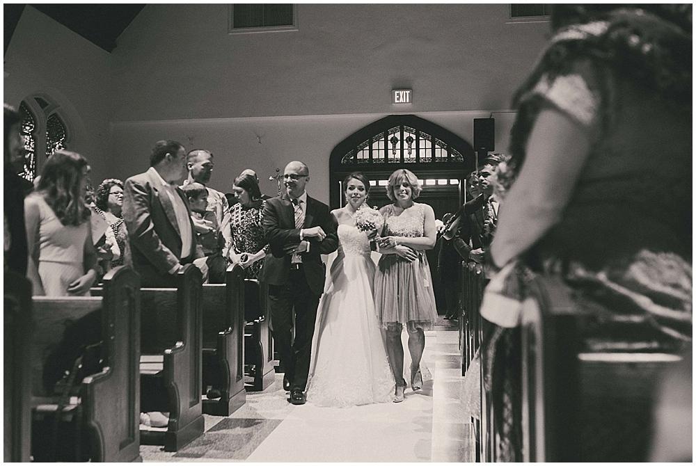 Lindsay-Jay-2659_zach_davis_fargo_wedding_photographer.jpg