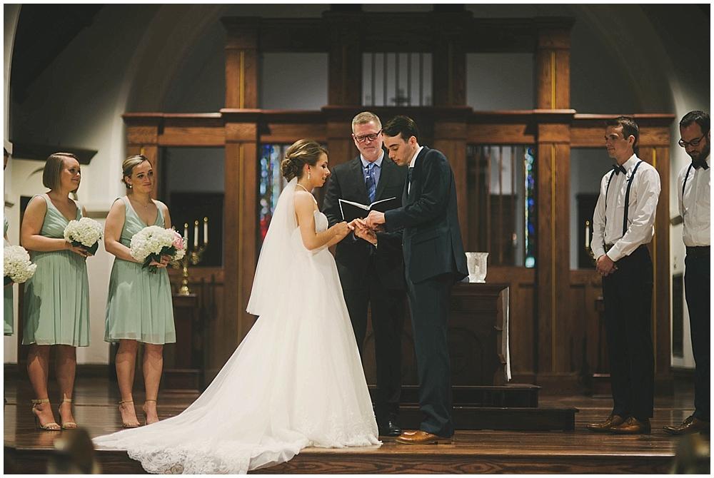 Lindsay-Jay-2804_zach_davis_fargo_wedding_photographer.jpg