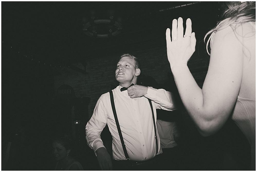 Lindsay-Jay-3731_zach_davis_fargo_wedding_photographer.jpg