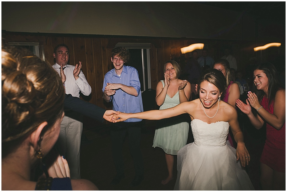 Lindsay-Jay-3900_zach_davis_fargo_wedding_photographer.jpg