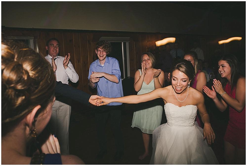 Lindsay-Jay-3900_zach_davis_fargo_wedding_photographer.jpg
