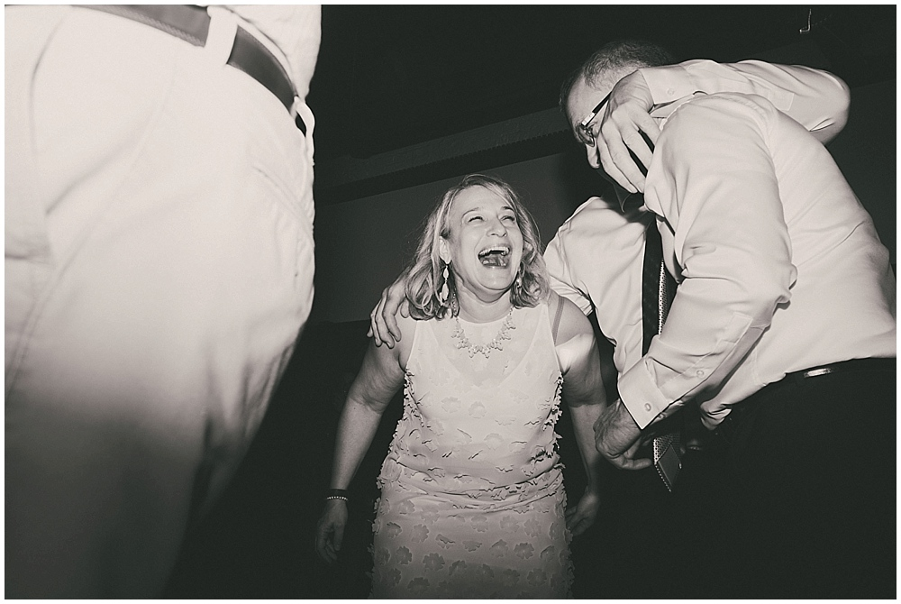 Lindsay-Jay-3930_zach_davis_fargo_wedding_photographer.jpg
