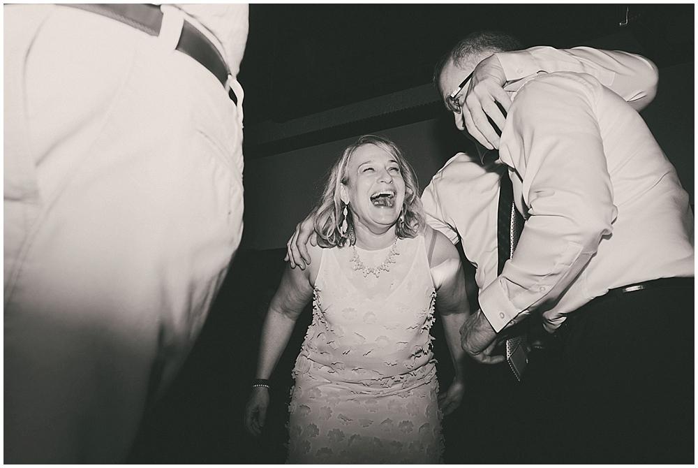 Lindsay-Jay-3930_zach_davis_fargo_wedding_photographer.jpg