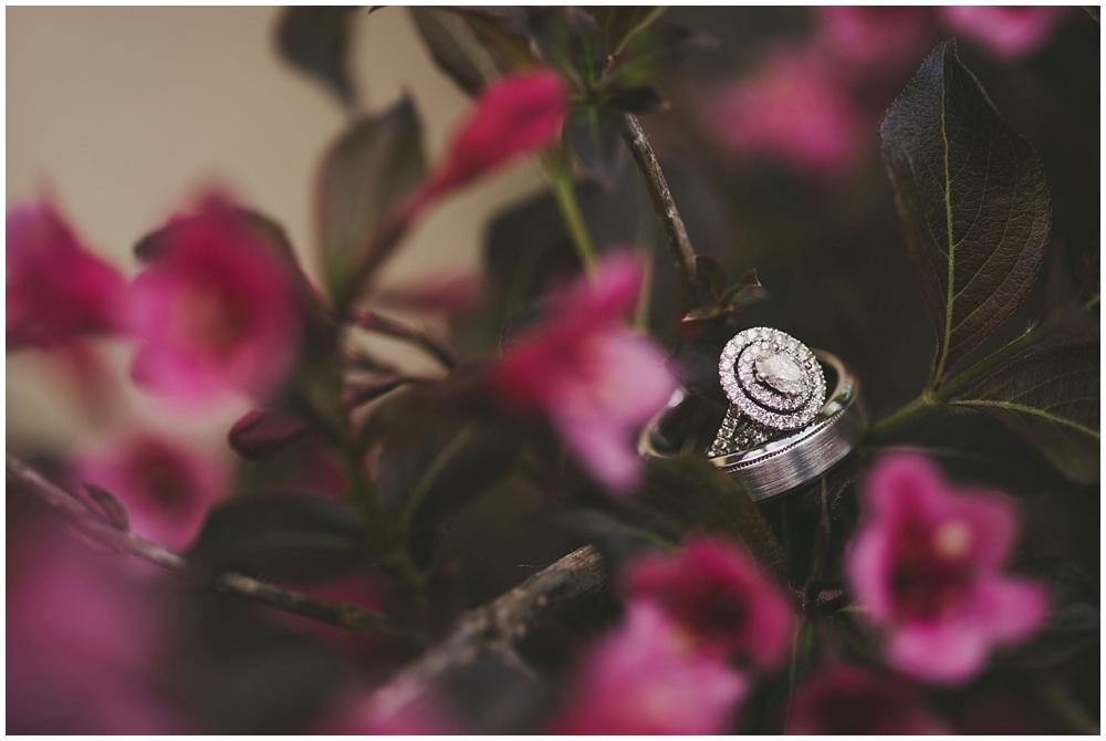 Taylor-Cody-1226_zach_davis_fargo_wedding_photographer.jpg