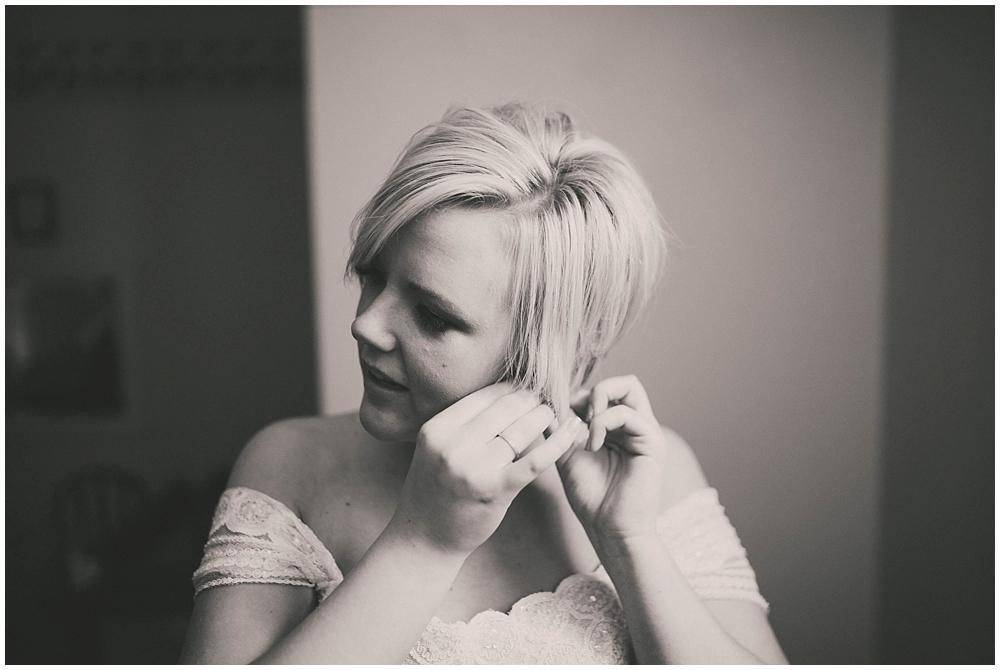Taylor-Cody-1392_zach_davis_fargo_wedding_photographer.jpg