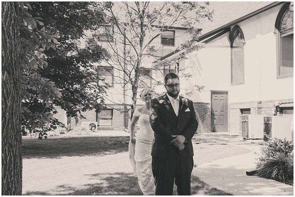 Taylor-Cody-1457_zach_davis_fargo_wedding_photographer.jpg