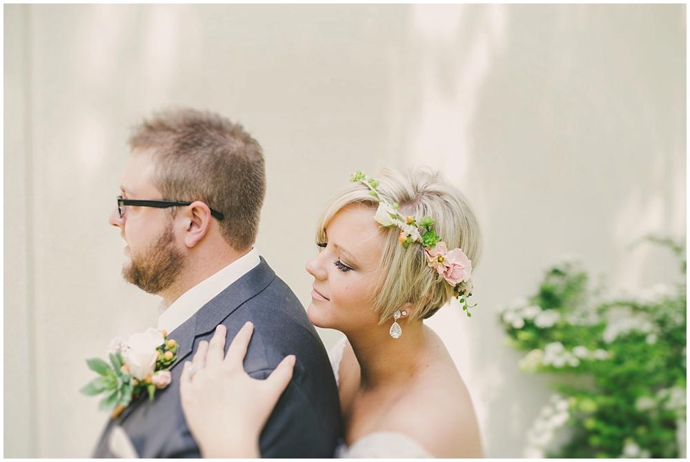 Taylor-Cody-1556_zach_davis_fargo_wedding_photographer.jpg