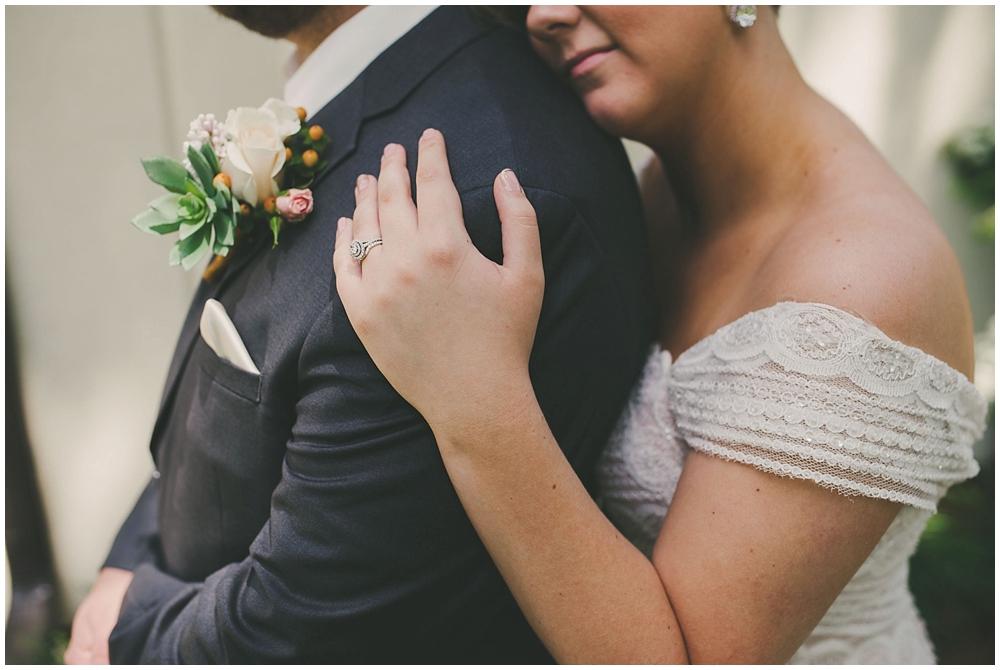 Taylor-Cody-1566_zach_davis_fargo_wedding_photographer.jpg