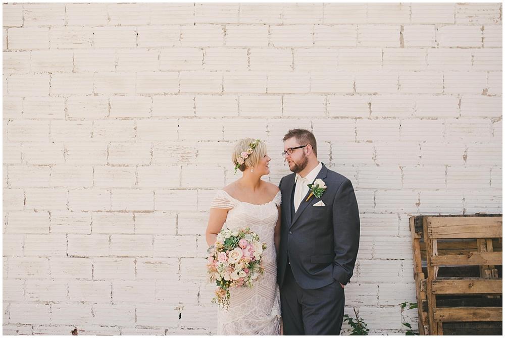 Taylor-Cody-1651_zach_davis_fargo_wedding_photographer.jpg