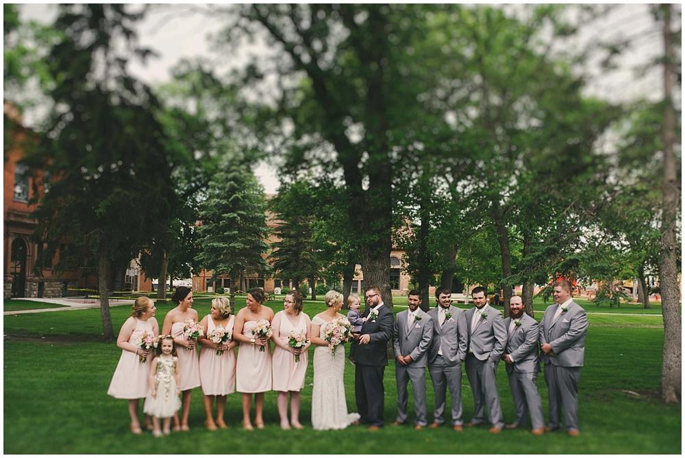 Taylor-Cody-2075_zach_davis_fargo_wedding_photographer.jpg