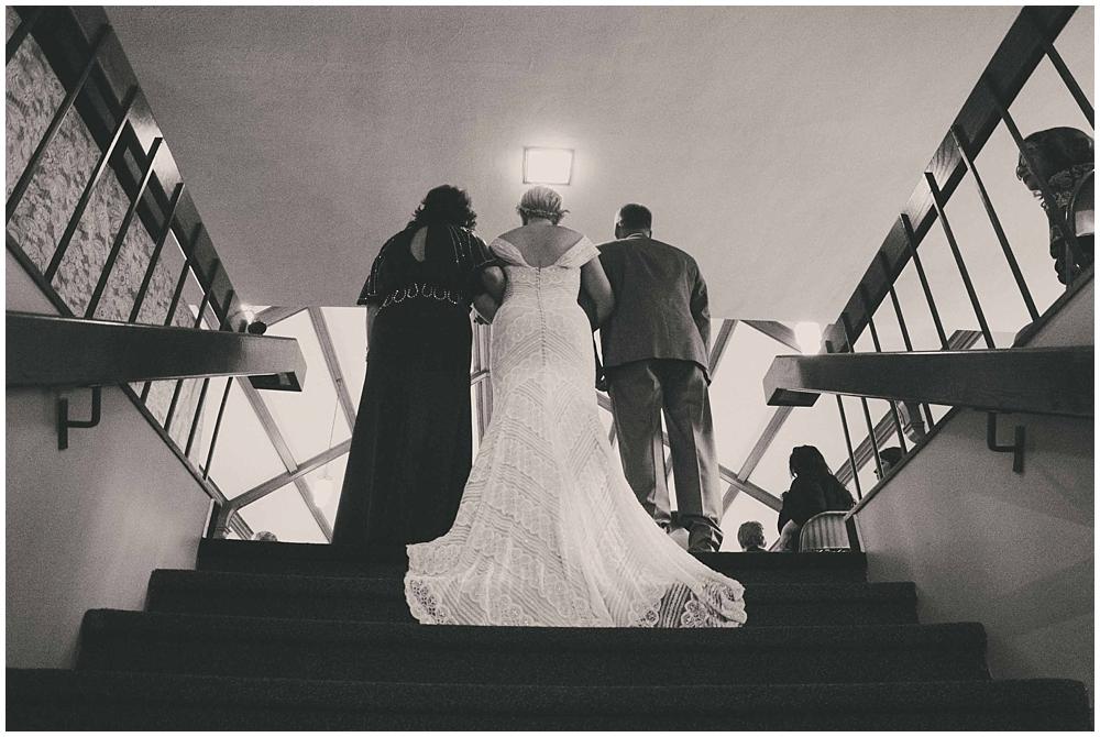 Taylor-Cody-2602_zach_davis_fargo_wedding_photographer.jpg