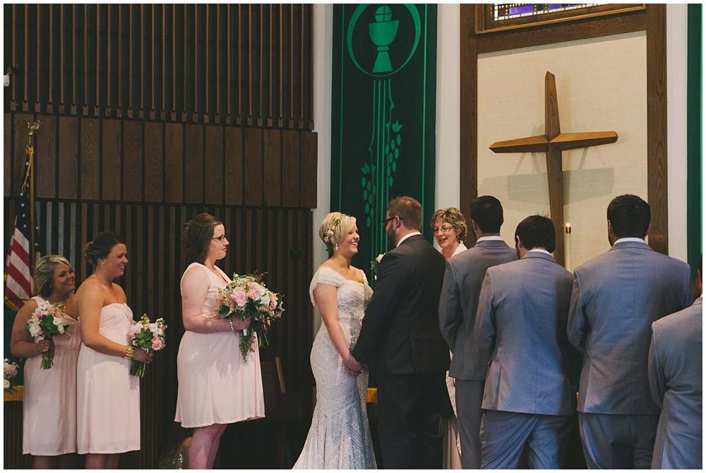 Taylor-Cody-2707_zach_davis_fargo_wedding_photographer.jpg