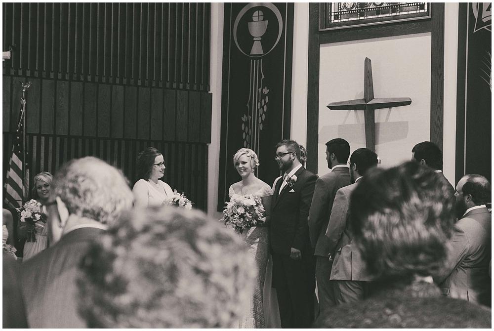 Taylor-Cody-2777_zach_davis_fargo_wedding_photographer.jpg