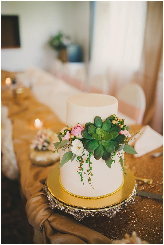 Taylor-Cody-2969_zach_davis_fargo_wedding_photographer.jpg