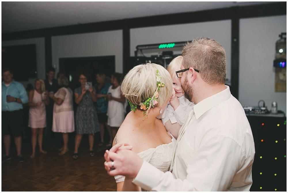 Taylor-Cody-3392_zach_davis_fargo_wedding_photographer.jpg