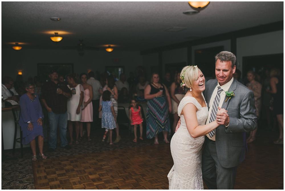 Taylor-Cody-3437_zach_davis_fargo_wedding_photographer.jpg