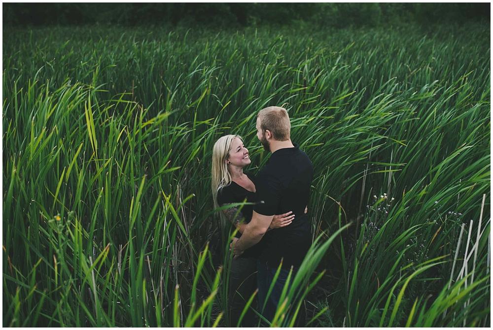 Kate-Andy-1715_zach_davis_fargo_wedding_photographer.jpg