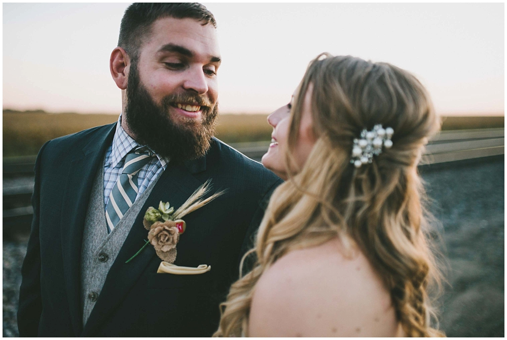 Kirsten-Eric-3176_zach_davis_fargo_wedding_photographer.jpg