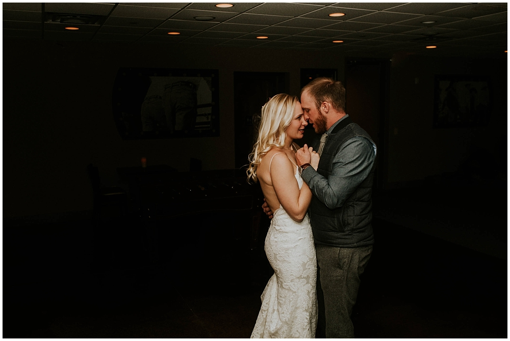 cheryl-matt-3204_zach_davis_fargo_wedding_photographer.jpg