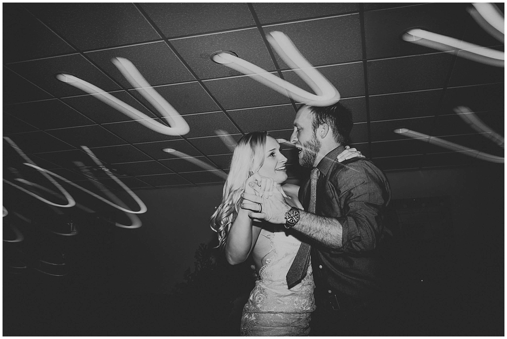 cheryl-matt-3548_zach_davis_fargo_wedding_photographer.jpg