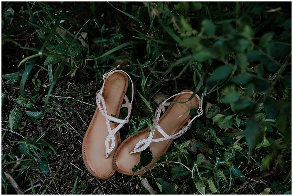 Carly-Blake-1053-2_zach_davis_fargo_wedding_photographer.jpg