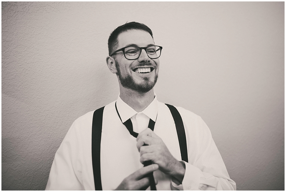 Carly-Blake-1095_zach_davis_fargo_wedding_photographer.jpg
