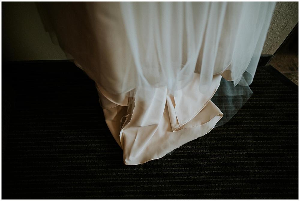 Carly-Blake-1140_zach_davis_fargo_wedding_photographer.jpg