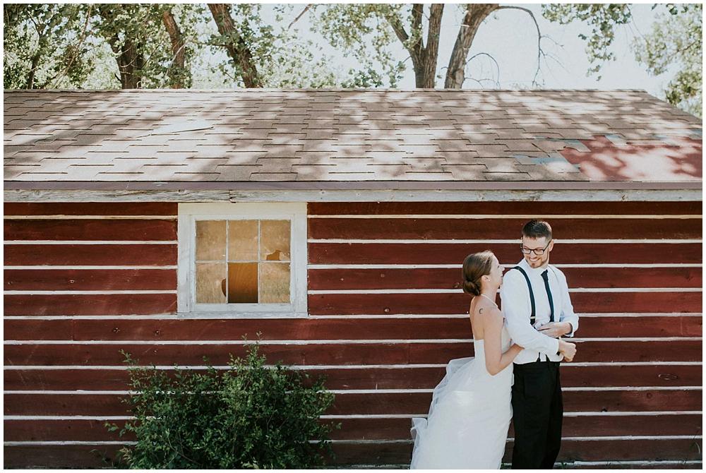 Carly-Blake-1280_zach_davis_fargo_wedding_photographer.jpg