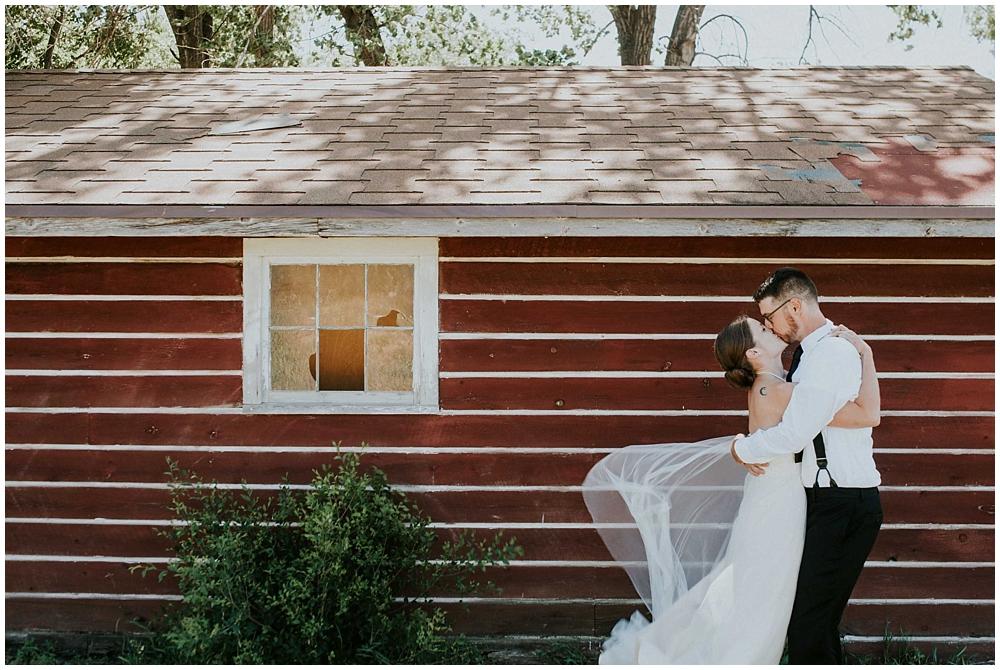 Carly-Blake-1286_zach_davis_fargo_wedding_photographer.jpg