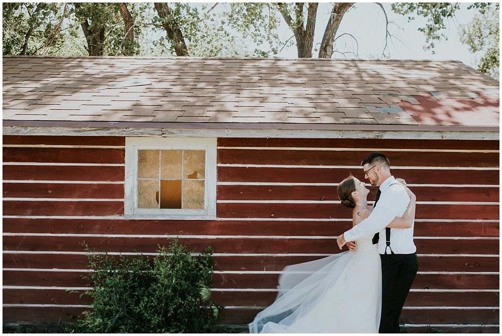 Carly-Blake-1284_zach_davis_fargo_wedding_photographer.jpg