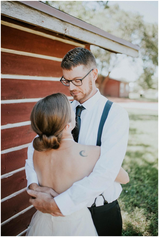 Carly-Blake-1344_zach_davis_fargo_wedding_photographer.jpg