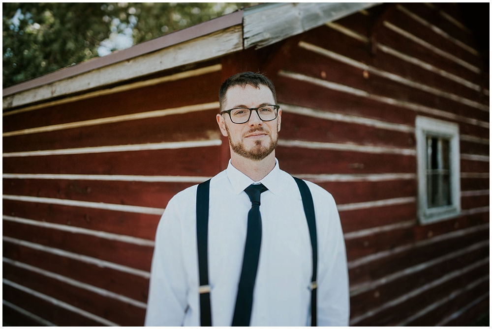 Carly-Blake-1410_zach_davis_fargo_wedding_photographer.jpg