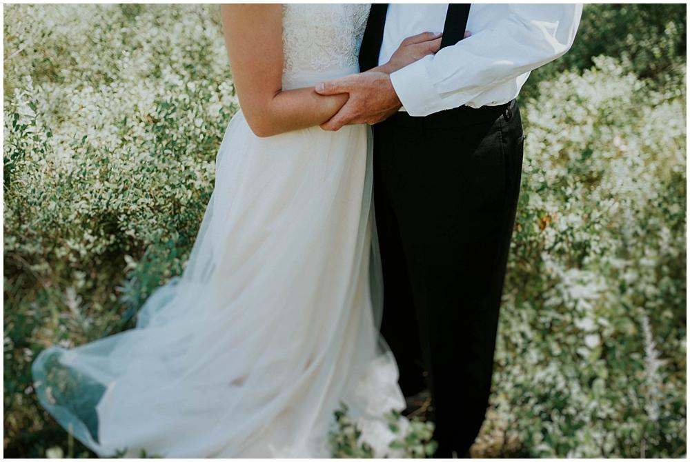 Carly-Blake-1722_zach_davis_fargo_wedding_photographer.jpg