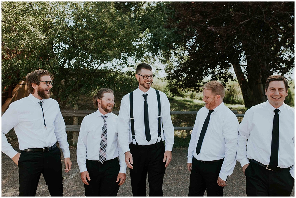 Carly-Blake-2067_zach_davis_fargo_wedding_photographer.jpg