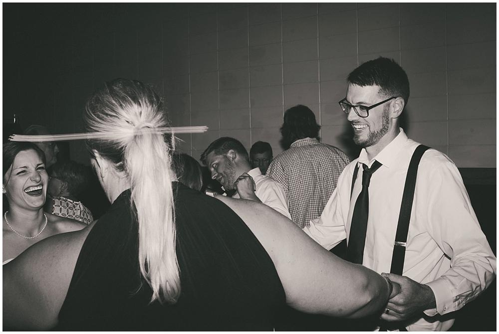 Carly-Blake-3643_zach_davis_fargo_wedding_photographer.jpg