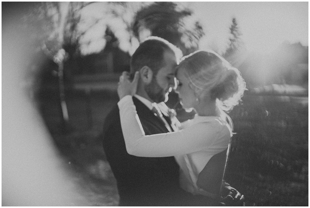 Katelyn-Jon-3899_zach_davis_fargo_wedding_photographer.jpg