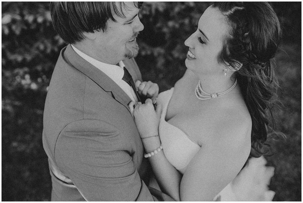 Steph-Jeff-2812_zach_davis_fargo_wedding_photographer.jpg