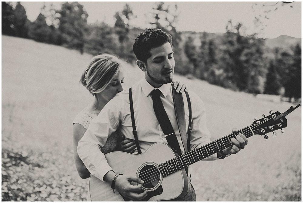 Brooke-Ricky-3886_zach_davis_fargo_wedding_photographer.jpg