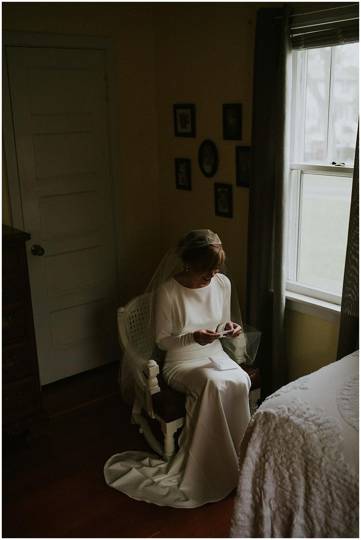 Katelyn-Jon-1511_zach_davis_fargo_wedding_photographer.jpg