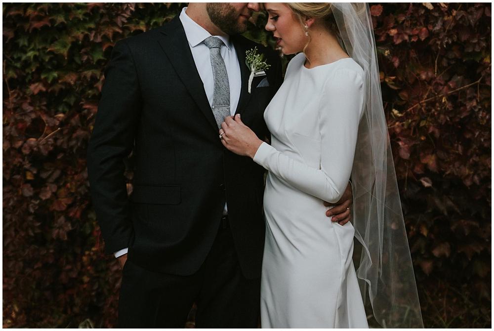 Katelyn-Jon-1792_zach_davis_fargo_wedding_photographer.jpg