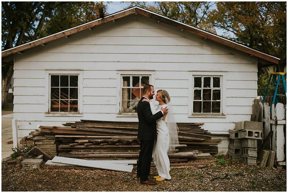 Katelyn-Jon-2083_zach_davis_fargo_wedding_photographer.jpg