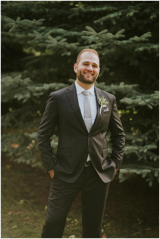 Katelyn-Jon-2206_zach_davis_fargo_wedding_photographer.jpg