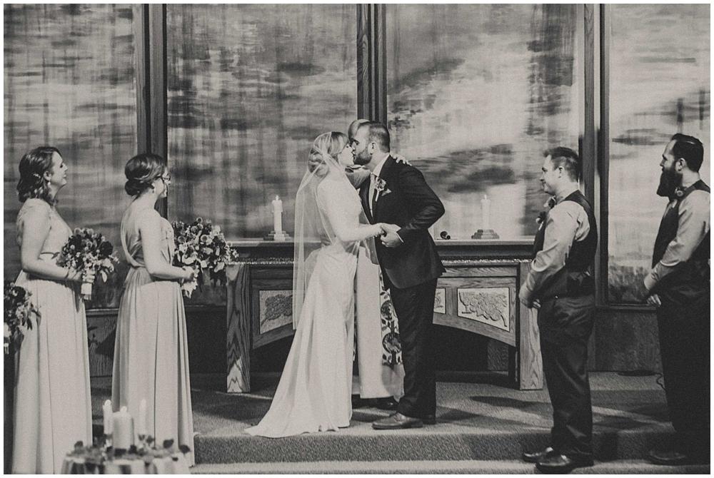 Katelyn-Jon-3591_zach_davis_fargo_wedding_photographer.jpg