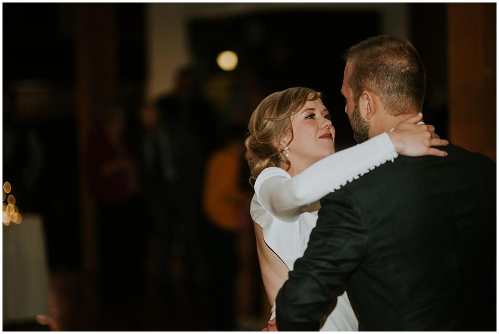 Katelyn-Jon-4368_zach_davis_fargo_wedding_photographer.jpg