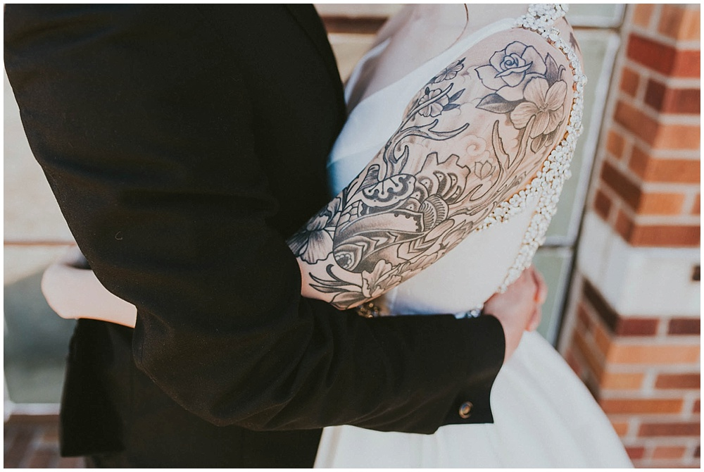 Taylor-Erik-1905_zach-davis-fargo-wedding-photographer.jpg