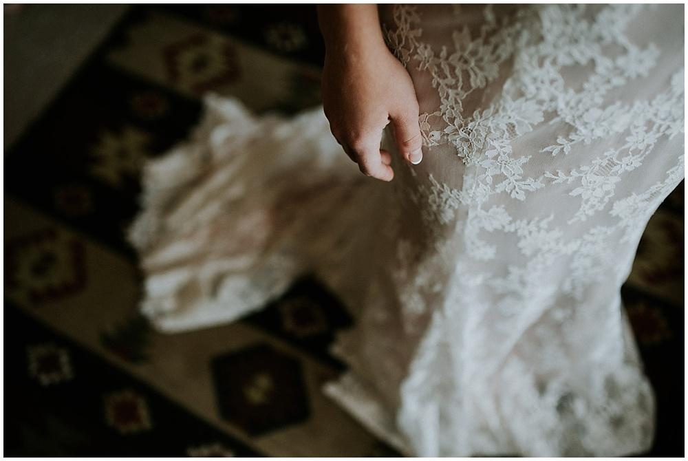 Brooke-Ricky-1518_zach-davis-fargo-wedding-photographer.jpg