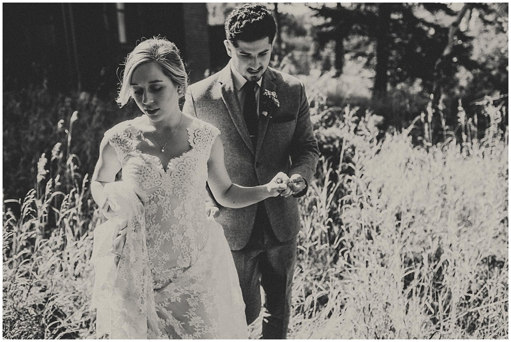 Brooke-Ricky-1813_zach-davis-fargo-wedding-photographer.jpg
