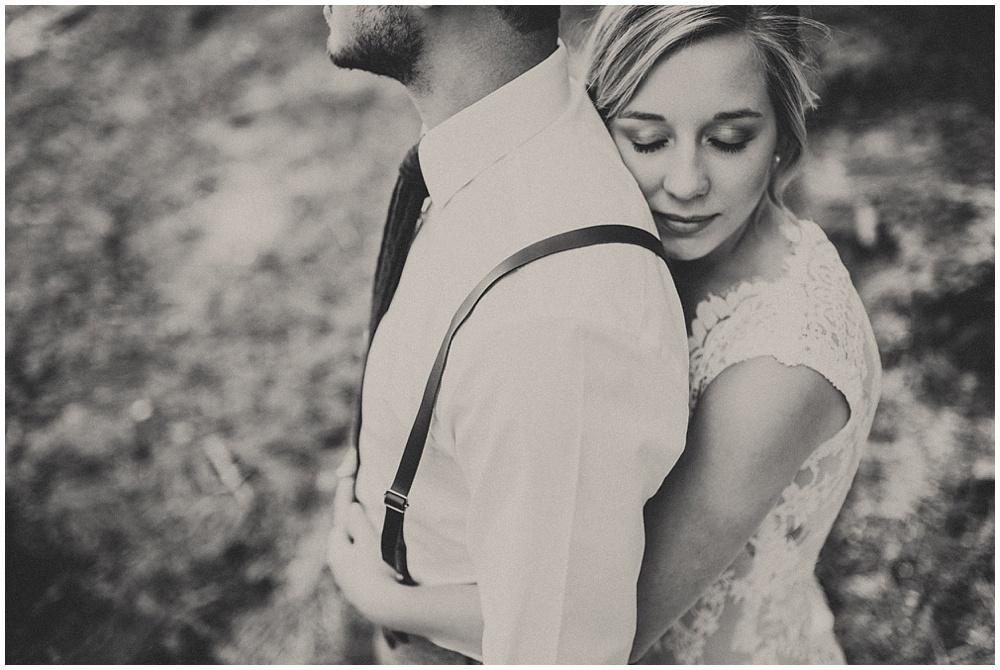 Brooke-Ricky-2187_zach-davis-fargo-wedding-photographer.jpg