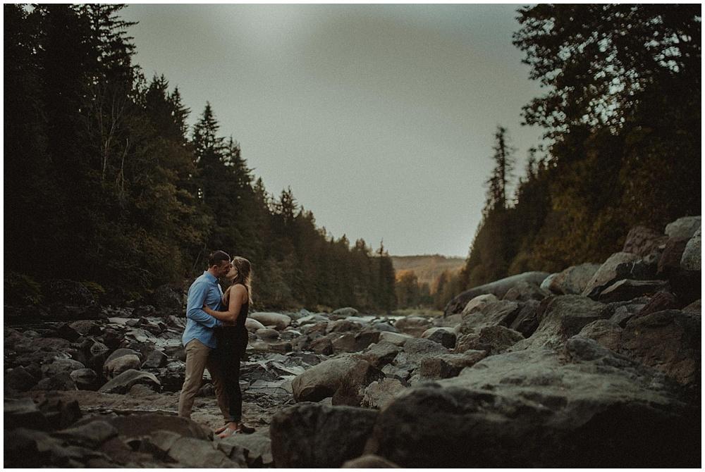 Lindsay-Cody-1502_zach-davis-fargo-wedding-photographer.jpg
